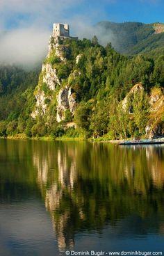 Slovakia, Strecno - Castle
