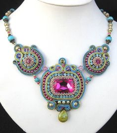 Pembe, Turkuaz ve Yeşil Soutache boncuklu kolye / Pink, Turquoise and Green Soutache beaded necklace