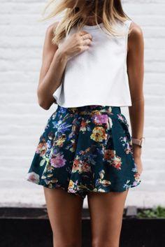summer floral shorts & crop top