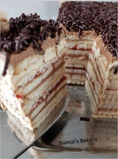 Crockpot Dessert Recipes, Crock Pot Desserts, Slow Cooker Desserts, Delicious Cake Recipes, Best Dessert Recipes, Yummy Cakes, Sweet Recipes, Baking Recipes, Dessert Ideas