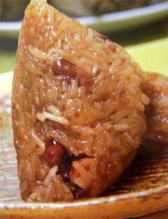 Zong Zi, Taiwanese Glutinous Rice Dumplings, 粽子 Eat In Duanwu Festival Rice Recipes, Asian Recipes, Cooking Recipes, Ethnic Recipes, Japanese Recipes, Asian Foods, Tamales, Dim Sum, Rice Dumplings Recipe