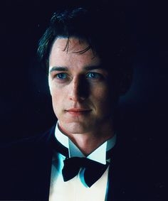 James McAvoy // in Atonement >>> but he kind of looks like Jack Harkness here no?