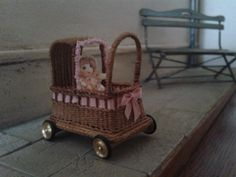 Wicker class, doll carriage, made by Janny Fun, workshop by Will Werson.