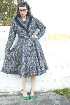 Gertie's New Blog for Better Sewing: Butterick 5824 sew-along. Again, aspirational but oh so pretty