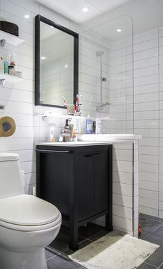 15 Ideas for bathroom mirror design layout Bathroom Mirror Design, Bathroom Design Layout, Wood Bathroom, Master Bathroom, Layout Design, Bathroom Color Schemes, Bathroom Colors, Bad Inspiration, Bathroom Inspiration