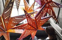 Sterren kijken. STRÅLA hanglamp #IKEABE #kerst #verlichting #kerstdecoratie