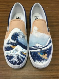 The Great Wave off Kanagawa featuring Lilo and Stitch Hand Painted Shoes, Vans VANS The Great Wave en Kanagawa con Lilo por CustomShoesByHeather Custom Vans Shoes, Custom Painted Shoes, Painted Vans, Painted Canvas Shoes, Painted Clothes, Hand Painted Shoes, Disney Painted Shoes, Painted Sneakers, Vans Customisées