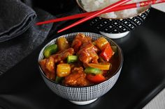 V kuchyni vždy otevřeno . Sweet Sour Chicken, Pork, Food And Drink, Treats, Dinner, Ethnic Recipes, Vietnam, Asia, Pineapple