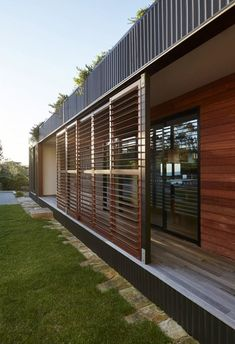 ~Exterior Blinds Avalon House by Archiblox. Australia.