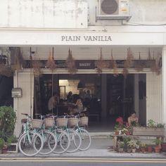Plain Vanilla, Singapore
