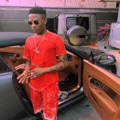 Wizkid Singer thinks back on career journey; the era before the fame   The singer revealed that he started his music career in a small studio located at the residence of DJ Stramborella.   It wasn't all fancy rides and exotic girls for Nigerian pop singer Wizkid during his early venture into music. The singer actually slugged it out in a tiny song recording studio hoping for a big break that can catapult him into stardom.  He is now in that era a time when he can easily afford to 'ignore' a…