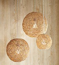For the boho or hippy #wedding - #DIY hemp pendant lamps to add volume and color to your reception.