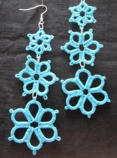Torquoise daisy trio tatted earrings