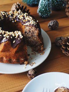 Ein Rezept für veganen Nusskuchen. Nüsse und ich haben ein schwieriges Verhältnis. Nicht geschmacklich, weil da sind Nüsse unschlagbar (Nuss-Nougat-Creme ...