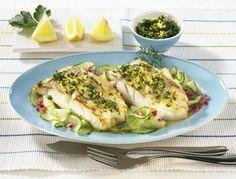 Unser beliebtes Rezept für Gebratener Kabeljau auf Gurkensalat und mehr als 55.000 weitere kostenlose Rezepte auf LECKER.de.