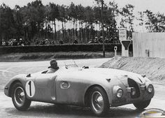 1939 Bugatti T57C 'Tank' winning the 24hr Le Mans with drivers Wimille & Veyron