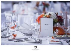 #decoration #decorationtips #tips #interior #wedding #hochzeit #weddingday #weddinghour #bridetobe #clean #white #highkey #interesting #dekotips #photography #photo #menue #menu #karte #card #orange #flowers #fresh #beautyful