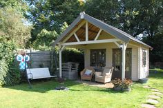 goffertpark-cabin | A small backyard guest cabin in Nijmegen, Gelderland, Netherlands.