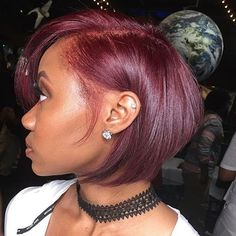 Burgundy hair is as flattering for long-term redheads as it is for natural brunettes and blondes. This bold red hair color features a variety of sub-shades, one more enticing than the other. Burgundy Hair Dye, Burgundy Bob, Burgundy Natural Hair, Burgundy Hair Black Girl, Weave Hairstyles, Cool Hairstyles, Wig Styling, Natural Hair Styles, Short Hair Styles