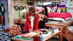 """""""Good Luck Charlie"""" Home Interior"""