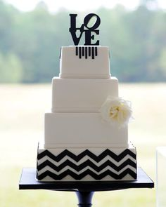Beautiful Cake Pictures: Black & White Chevron Love Wedding Cake Picture: Black and White Cakes, Patterned Cakes, Wedding Cakes Square Wedding Cakes, Elegant Wedding Cakes, Cool Wedding Cakes, Wedding Cupcakes, Trendy Wedding, Wedding Gold, Wedding Ideas, Wedding Pictures, Wedding Flowers