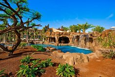 Lopesan Baobab Resort - it almost looks like Africa, but it's in Gran Canaria
