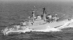 London 1963 © Photoship Fletcher Class Destroyer, Navy Day, Capital Ship, Naval History, Narrowboat, Navy Ships, Historical Pictures, Royal Navy, Battleship