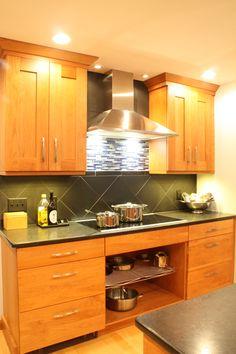 Ideas Kitchen Cabinets Cherry Wood Double Ovens For 2019 Cherry Wood Cabinets, Wood Kitchen Cabinets, Grey Cabinets, Microwave Drawer, Cherry Kitchen, Kitchen Island Lighting, White Sink, Grey Kitchens, Apartment Kitchen