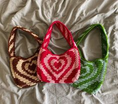 Diy Crochet Bag, Crochet Purse Patterns, Crochet Purses, Cute Crochet, Crochet Crafts, Crochet Clothes, Crochet Hooks, Crochet Projects, Knit Crochet