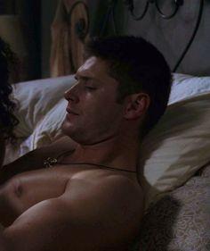 Shirtless Dean ❤️