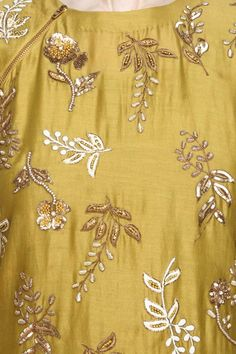 Yellow floral embroidered kurta and mint brocade sharara set available only at Pernia's Pop Up Shop. Zardosi Embroidery, Embroidery Suits Punjabi, Embroidery On Kurtis, Embroidery Neck Designs, Hand Work Embroidery, Indian Embroidery, Gold Embroidery, Embroidery Fashion, Embroidery Patterns