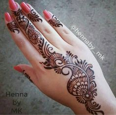 Finely Chosen Best Mehandi(Henna) Designs Of The Year Henna Hand Designs, Stylish Mehndi Designs, Wedding Mehndi Designs, Beautiful Mehndi Design, Best Mehndi Designs, Mehndi Designs For Hands, Henna Tattoo Designs, Very Simple Mehndi Designs, Design Tattoos