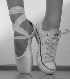 When I'm not wearing ballet shoes I'm almost always wearing my converse. I usually seem like a bit of a tomboy and then people are really surprised when they hear I do ballet. I actually dislike the pink tights and tutus for ballet. Dance Like No One Is Watching, Just Dance, Dance Is Life, Pointe Shoes, Ballet Shoes, Toe Shoes, Dance Aesthetic, Baile Hip Hop, Estilo Hip Hop