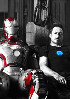 Tony Stark...oh my...just look at this...so awesome :)