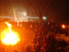 #Reveillon aux #flambeaux à #Ferrette dans le #Sundgau en #Alsace. ©Jérôme Gil www.noel-sud-alsace.com #christmas #france