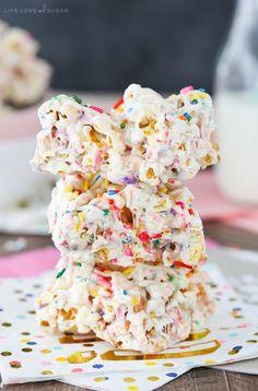 Funfetti Marshmallow Popcorn Treats - no bake, easy and fun treats! Like rice krispie treats, but even better with popcorn!
