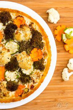 Картофельный киш с овощами и мясом