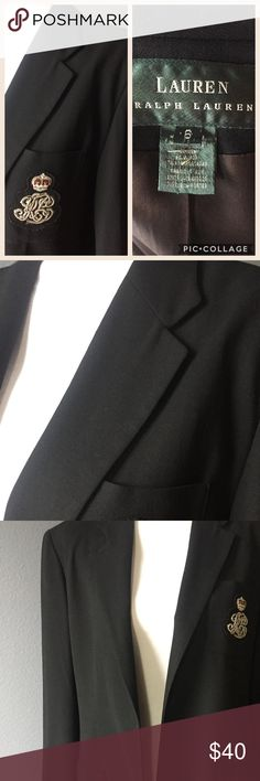 Ralph Lauren Crest Blazer This jacket is in excellent condition except for that it does not have the 2 front buttons. I needed them for another jacket that fit better. Please note this is a bit longer length jacket, so best work with skinny jeans or capris Lauren Ralph Lauren Jackets & Coats Blazers