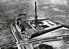 1926 Das Charlottenburger Messegelaende mit dem gerade eroeffneten Funkturm