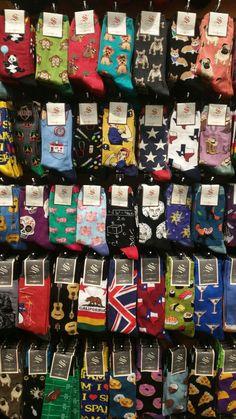 Socks and Soles Funky Socks, Crazy Socks, Cute Socks, My Socks, Outfits Spring, Vetement Fashion, Trend Fashion, Happy Socks, Sock Shoes