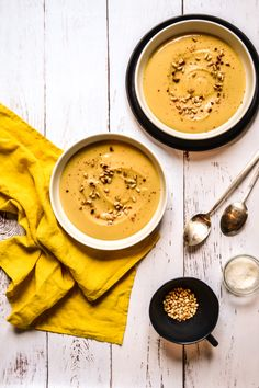 Weight Watchers coral lentil puree Source by justineaudouard Pureed Food Recipes, Chef Recipes, Easy Healthy Recipes, Healthy Cooking, Soup Recipes, Easy Meals, Healthy Food, Plats Weight Watchers, Weight Watchers Breakfast