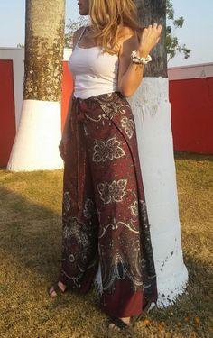 Calça envelope aloha macacão Wrap Pants, Wrap Jumpsuit, Wrap Dress, Urban Fashion, Boho Fashion, Fashion Outfits, Estilo Boho, Hijab Outfit, Ideias Fashion