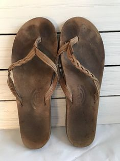 7d64b0761415 Rainbow Womens Brown Leather Thong Flats Flip Flops Sandals Size 10-11    10.5 In