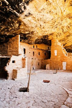 Spruce Tree House, an Ancestral Puebloan cliff dwelling at Mesa Verde National Park