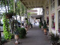 Great article on where to shop, stay and play in #FredericksburgTX #TexasHillCountry