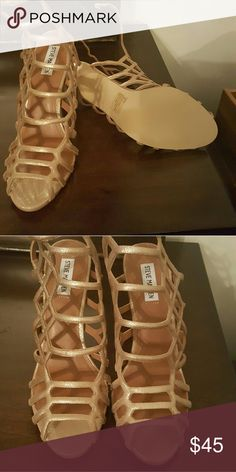 Steve Madden Beautiful dresses heels Steve Madden Shoes Heels
