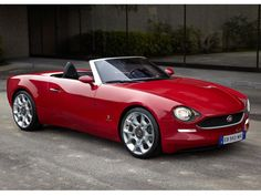 2016 Fiat 124 concept.  Essentially the new Mazda MX-5 but with a bit more soul.  Where's my chequebook?