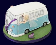 3D VW Camper Van Cake made for a wedding as a model.