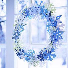 papier schneeflocken kranz basteln fensterdeko weihnachten
