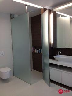 Sklenený sprchovací box s otváracími dverami Bathroom Lighting, Mirror, Box, Frame, Furniture, Home Decor, Homemade Home Decor, Bathroom Vanity Lighting, Mirrors